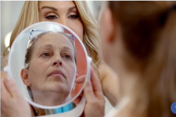 "Netflix's Skin Decision Is a Modern ""Makeover"" Show About More Than Plastic Surgery"