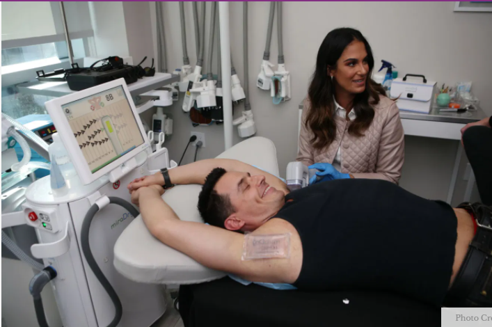 No Sweat! Antonio Sabato Jr. Undergoes Cutting Edge Armpit Procedure